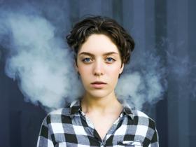 怀疑自己抽的电子烟有毒怎么办